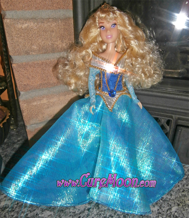 aurora-la-principessa-addormentata-nel-bosco-sleeping-beauty-custom-ooak-doll-bambola-blu-outfit-dress-curemoon
