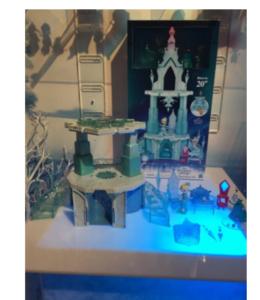 Grande castello dei ghiacci di Elsa versione little kindom,si illumina,suona e include Elsa ed Olaf