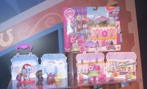 My little pony casetta con accessori,disponibile versione Pinkie pie e Rainbow dash