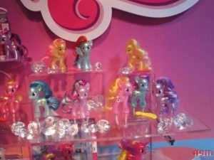 My little pony brushable versione cromata,serie Esplora equestria